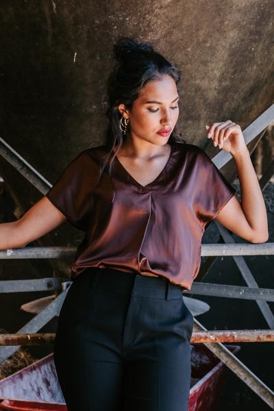 Femme9 Shirt / Top Bruin Jones