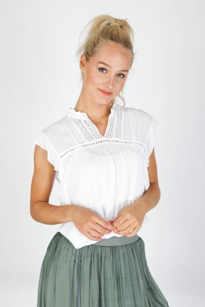 Top sleeveless wit