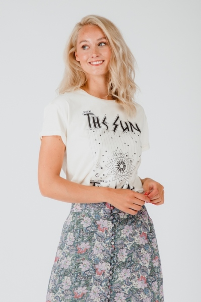 Colourful Rebel Shirt / Top Offwhite The Sun boxy tee
