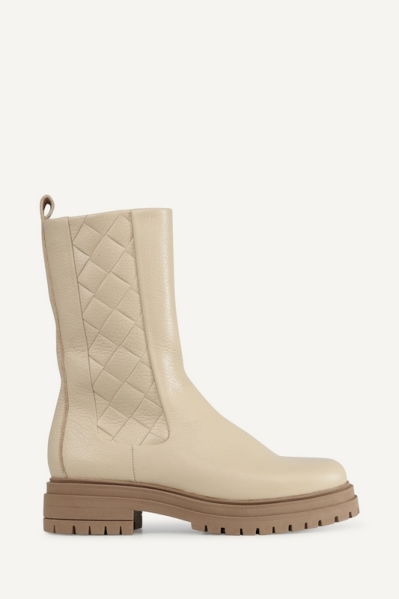 Chelsea quilted off white off white