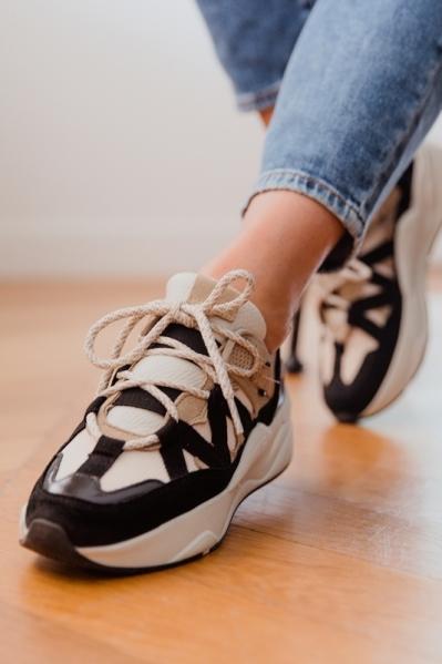 Shoecolate Sneaker Zwart 8.21.04.416