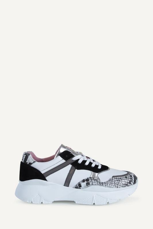 Post Xchange Sneaker Wit Seven 01